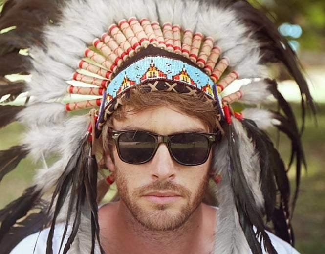 native-american-indian-war-headdress-blue-black-white-fur-p310-1633_medium-3414974481-1571057309220